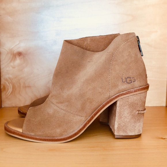 d844b3ee7b6 UGG Ginger Open Toe Soft Suede Ankle Bootie NWB NWT